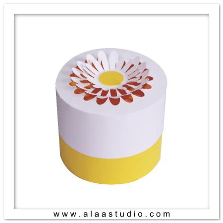Round Daisy Box