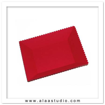 3D Scalloped rectangular tray